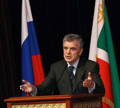 Р.Хасбулатов: «Коммунисты разрушили единство, а сегодня рвут на ...