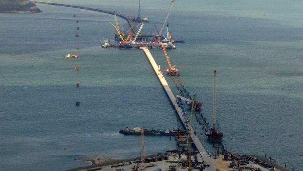 Желающих строить железные дороги кКрымскому мосту неокзалось