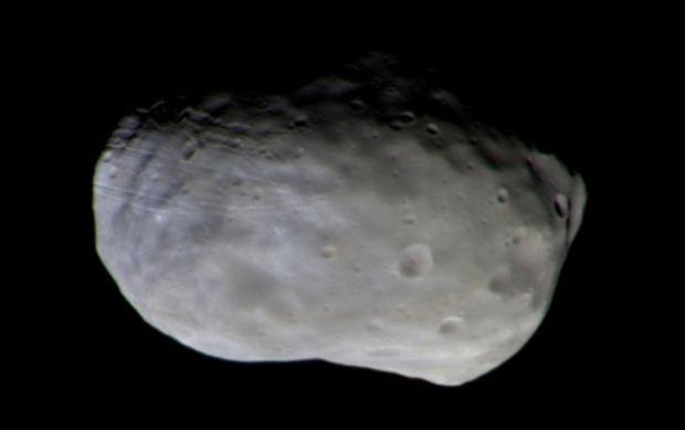 Зонд миссии «ЭкзоМарс-2016» сообщил наЗемлю цветные фотографии Фобоса
