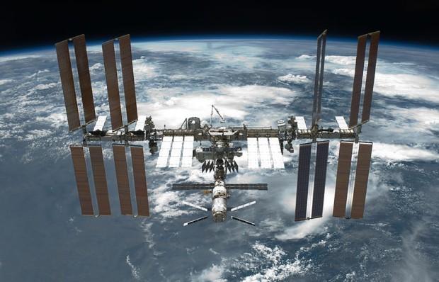 Внебе над Челябинском пролетит МКС. лучшее время для наблюдений