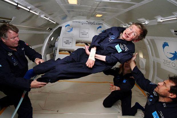 Хокинг сказал, когда землянам стоит начать переселяться вкосмос