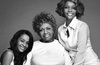 Бобби Кристина Браун с бабушкой и мамой. Фото с офстраницы в Facebook