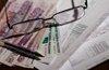 СМИ узнали об идее отдать взыскание долгов по ЖКХ коллекторам