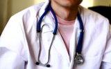 Минздрав запретит врачам курить и ругать коллег