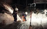 Два человека погибли при обрушении крыши конного клуба в Бердске