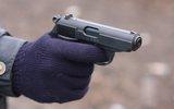 В Москве неизвестный ранил двух сотрудников полиции