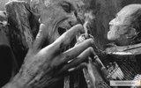 Правонарушителей предложили наказывать просмотром плохих фильмов