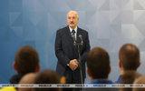«Людей, как тараканов»: Лукашенко не хочет повторить печальный опыт Москвы