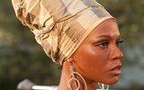 Зои Салдана попросила у темнокожих прощения за роль певицы Нины Симон
