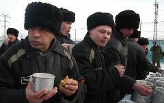 Заключенные колонии № 6 города Копейска © РИА Новости