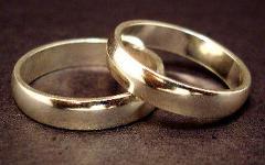 Обручальные кольца. Фото с сайта ehow.com