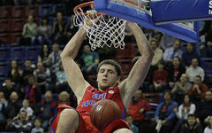 Виктор Хряпа, фото с сайта cskabasket.com