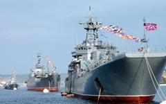 На Черноморский флот надвигается «оранжевое цунами»