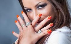 Подумай о красе ногтей