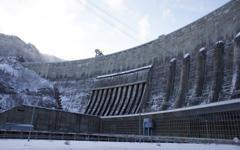 Плотина Саяно-Шушенской ГЭС