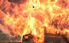 Взрыв автомобиля. Стоп-кадр с видео в YouTube