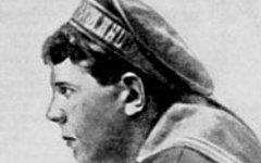 Матрос Железняк. Фото с сайта wikipedia.org