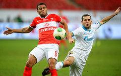 Рафаэл Кариока и Александр Кержаков © РИА Новости, Илья Питалев