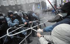 Столкновения митингующих с милицией в Киеве © РИА Новости, Алексей Фурман