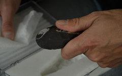 Инструмент для выделки шкур. Фото Derek Montague с сайта lportepoilot.ca