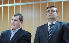 В.Зайниев и С.Зиновьев в зале суда ©РИА Новости, Павел Лисицин