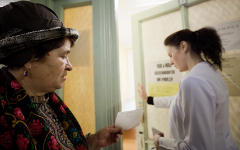 Пациентка и врач © KM.RU
