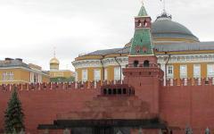 Мавзолей В. И. Ленина. Фото с сайта wikipedia.org
