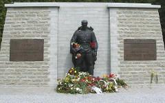 «Бронзовый солдат». Фото Игоря Федотенкова с сайта wikipedia.org