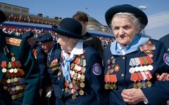 Ветераны на параде 9 Мая © KM.RU