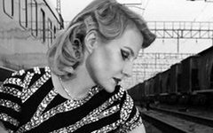 Кадр из фильма «Девушка с коробкой». Фото с сайта kinopoisk.ru