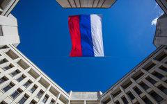 Флаг России над зданием Верховного совета Крыма © РИА Новости, Андрей Стенин