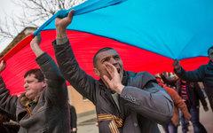 Шествие в поддержку России в Симферополе © РИА Новости, Андрей Стенин
