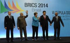 Владимир Путин, Нарендра Моди, Дилма Роуссефф, Си Цзиньпин и Джейкоб Зума (слева
