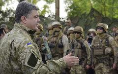 Петр Порошенко в захваченном Славянске. Фото с сайта president.gov.ua