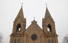 Католический храм в агрогородке Раков Минской области © KM.RU, Алексей Белкин