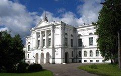 Главный корпус ТГУ. Фото Максим Вотяков с сайта wikimedia.org