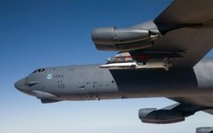 Испытания ракеты X-51A Waverider с борта самолета B-52. Фото: U.S. Air Force