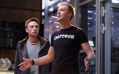 Стоп-кадр из рекламы одного из сотовых операторов с участием Сергея Светлакова