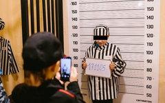 В Мурманске детей нарядили в тюремные робы