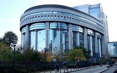 Здание Европарламента в Брюсселе. Фото Andrijko Z. с сайта wikimedia.org