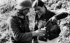 Украинские пособники гитлеровцев. Архивное фото с сайта nnm2.com