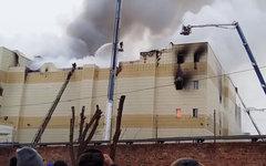 Стоп-кадр из видео пожара в Кемерове