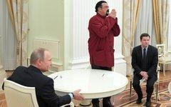 Стивен Сигал на встрече с Владимиром Путиным © РИА «Новости», Алексей Дружинин