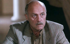 Станислав Говорухин в фильме «Сукины дети». Фото с сайта kino-teatr.ru