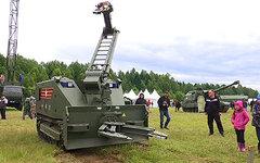Военная техника на «Нашествии». Стоп-кадр с видео