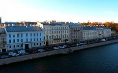 Все с молотка: в Санкт-Петербурге продается квартира Пушкина