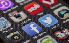 Зачем школам наши аккаунты в соцсетях?