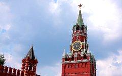 Кремль опять поднимет оклады и пенсии чиновникам за счет обездоленных