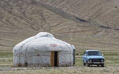 Таджикистан объявил войну русским суффиксам
