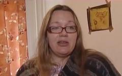 Анастасия Завгородняя. Стоп-кадр с видео в YouTube